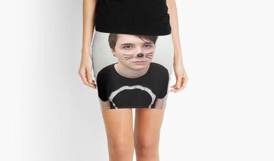 Dan howell skirt