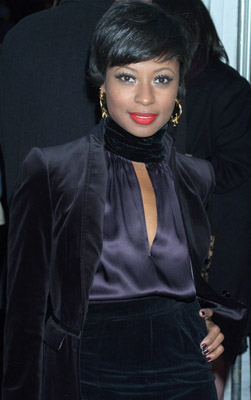 File:2009-short-hairstyle-from-fatima-robinson.jpg
