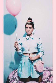 File:Balloon mel.jpg