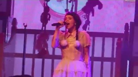 Melanie Martinez - Mrs Potato Head (Last chorus) @ Heaven, London