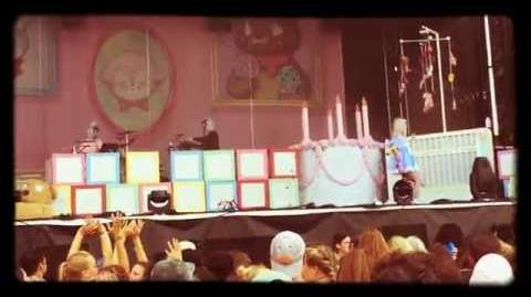 Sippy Cup Melanie Martinez ACL October 1 , 2016