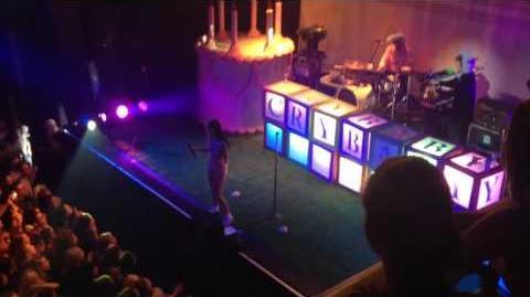 Melanie Martinez - Mrs Potato Head Live @ Amsterdam 16 11 16