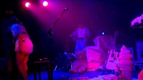 Dollhouse - Melanie Martinez - June 16, 2014 - Dollhouse Tour