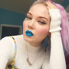 Doe Deere wearing the Cry Baby Lipstick