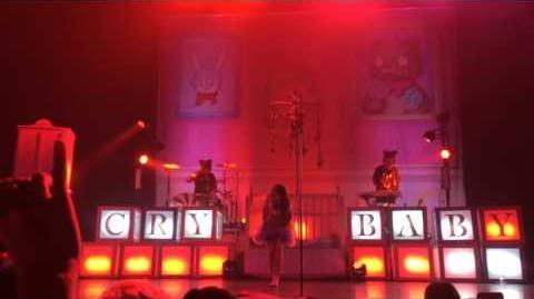 Melanie Martinez - Mad Hatter (Live)-0