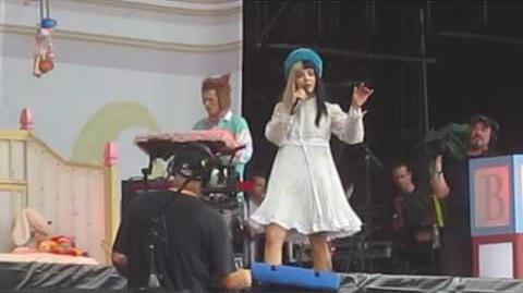Melanie Martinez - Mad Hatter (Live At Lollapalooza In Chicago's Grant Park)