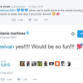 Troye and Melanie tweeting to each other