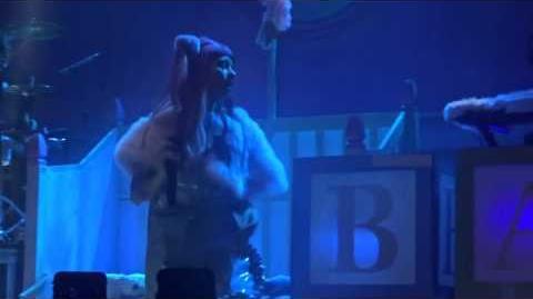 Soap - Melanie Martinez Live - 3 11 16