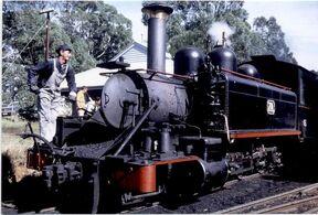 800px-Victorian Railways nA class 2-6-2 7A at Menzies Creek