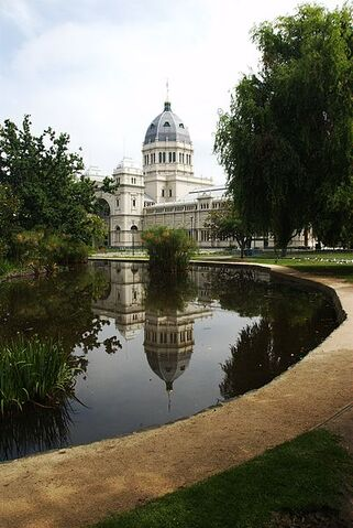 File:402px-Melbourne Royal Exhibition Building with pool.jpg