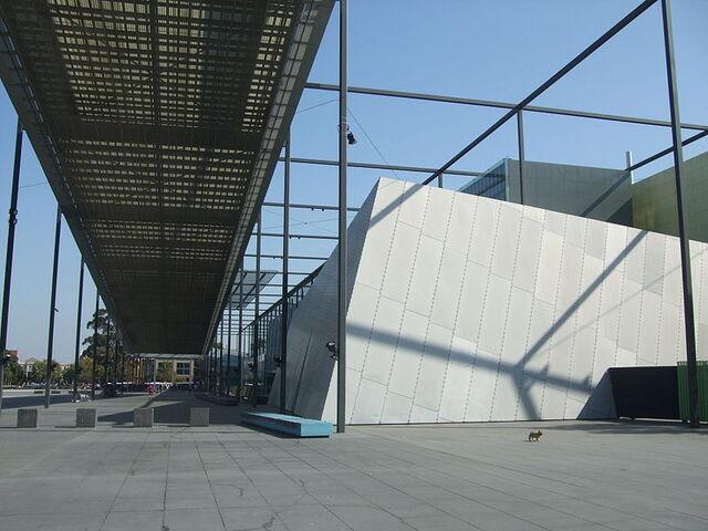 File:800px-Melbourne Museum 2012.jpg