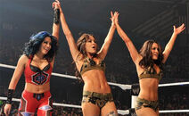 WWE-Divas-March-31-2011-Superstars-Results