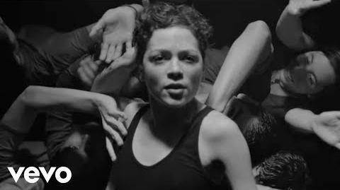 Natalia Lafourcade - Hasta la Raíz (Video Oficial)