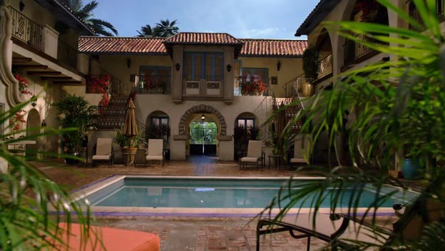 File:Melrose Place 2009 - 1x07 Windsor 001 2 0001.jpg