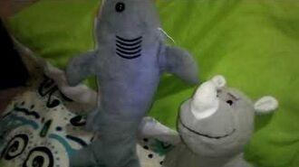Peluches extronidos - T2,E1- remy el tiburón niño rata