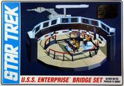 AMT Model kit AMT808 USS Enterprise Bridge 2013