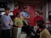 Kirk und Crew