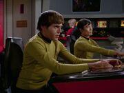 Chekov und Sulu kümmern sich um die Entseuchung
