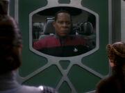 Sisko weigert sich Bashir und O'Brien auszuliefern