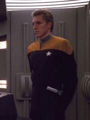 Sternenflottenoffizier Sicherheit USS Voyager 2374 Sternzeit 51813