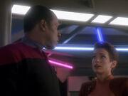 Sisko will über ein Shuttle für Kira nachdenken
