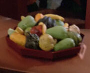 Aldean fruit bowl