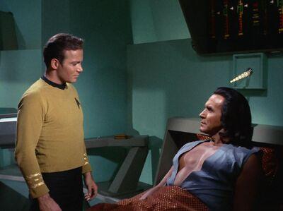 Kirk und Khan