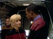Nechayev empfängt Sisko zurück