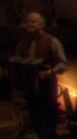 Chez sandrine accordion player, 2372