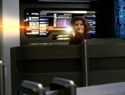 Janeway verteidigt die Brücke