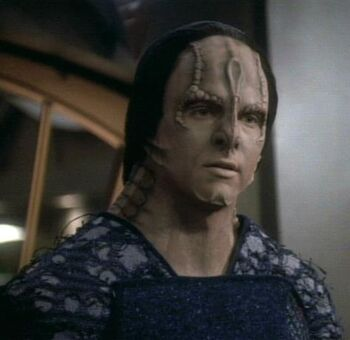 "<b>Hogue</b>, a <a href=""/wiki/Cardassian"" title=""Cardassian"">Cardassian</a> male"