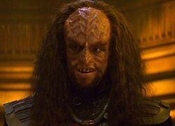 Klingon helm officer