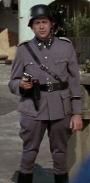 Ekosian SS lieutenant 1