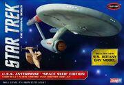 Polar Lights Model kit POL908 USS Enterprise Space Seed Edition 2013