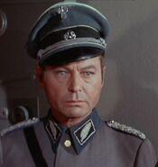 McCoy als ekosianischer Colonel