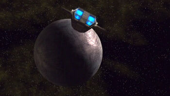 Sphere 2 approached by a shuttlepod
