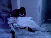 La Forge findet erfrorene Leiche an Bord der Tsiolkovsky