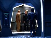 Odo besucht O'Brien in der Arrestzelle