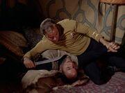 Kirk setzt Kras unter Druck