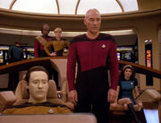 Picard ruft nach Q