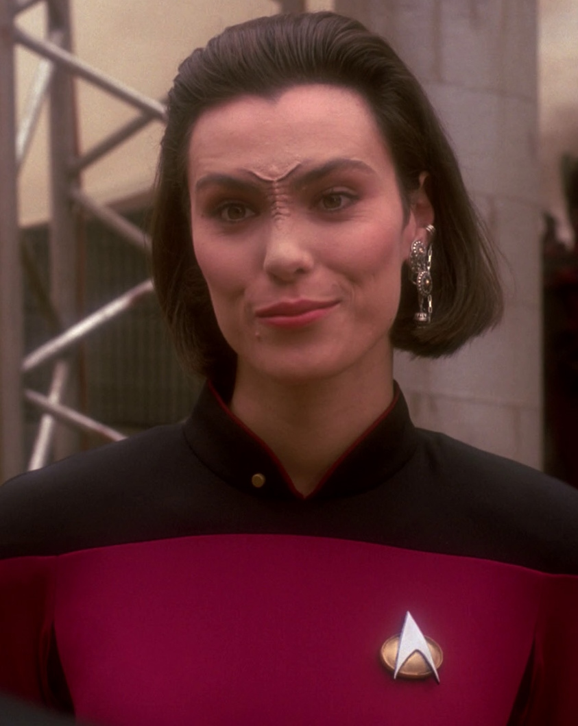michelle forbes hot