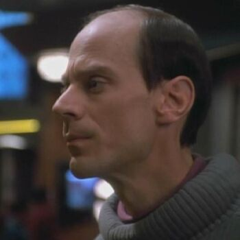 Samuels on Deep Space 9