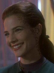 Jadzia lächelt 2369