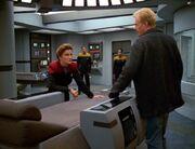 Janeway konfrontiert Starling mit den Konsequenzen seines Handelns