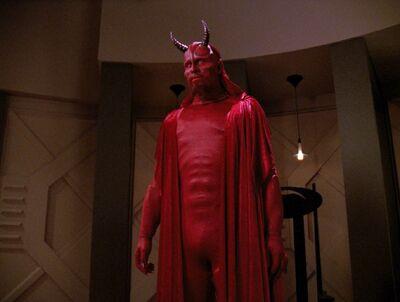Ardra erscheint als Teufel