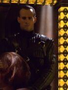 Mokra-Wache beim Verhör von Tuvok und B'Elanna Torres
