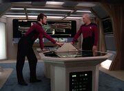 Picard und Riker aktivieren die Selbstzerstörung