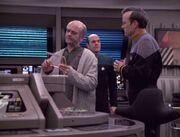 Reginald Barclay versucht Lewis Zimmerman zu überzeugen, sich vom Doktor untersuchen zu lassen