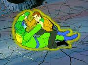 Kirk kämpft gegen einen Orioner