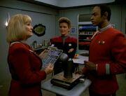 Rand Janeway und Tuvok im Mannschaftsquartier